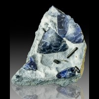 "1.5"" Royal Blue BENITOITE 5 Sharp Triangular Crystals with Neptunite CA for sale"