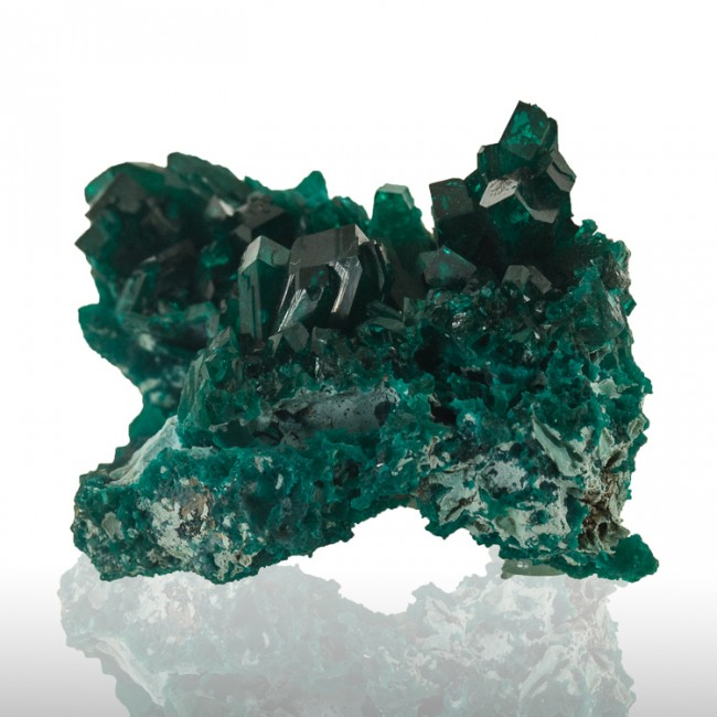 "1.9"" Dark Green DIOPTASE Sharp Gemmy Wet-Look Crystals to 8mm Congo for sale"