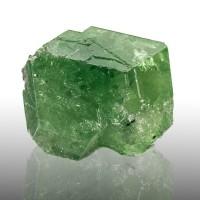 ".8"" 28ct TSAVORITE GARNET SharpWetLook NeonGreen Gemmy Crystal Tanzania for sale"