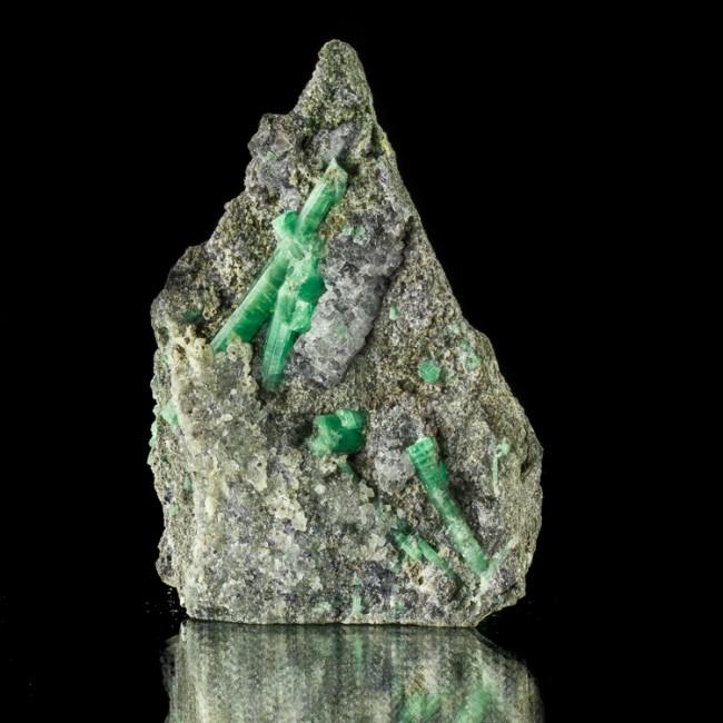 "4.3"" Shiny Brilliant Green EMERALD Crystals on Hi-Contrast Matrix China for sale"
