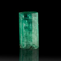 13.4mm 4.93ct VividGreen Terminated EMERALD CRYSTAL WetLook Luster Muzo for sale