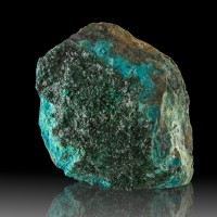 """4.4"""" Twinkling Colorful Crayon Green ATACAMITE Crystals on Matrix Chile for sale"""