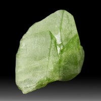 "1.1"" GREEN PERIDOT CRYSTAL 56ct Terminated Translucent Pakistan for sale"