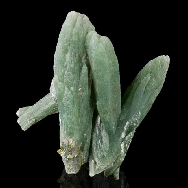 "2.1"" Moss Green PRASE QUARTZ Terminated Crystals Serifos Island Greece for sale"