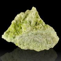 "4.2"" Inchworm Green Gemmy Glassy VESUVIANITE Sparkling Crystals Quebec for sale"