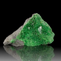 """4.0"""" Glittery Twinkly Sparkly Emerald Green UVAROVITE Crystals Russia for sale"""