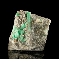 "2.4"" Grass Green EMERALD Multiple Sharp Crystals in Quartz Yunnan China for sale"
