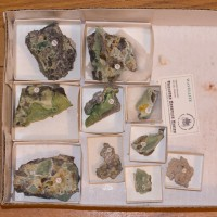 Wholesale Flat 10 pieces Green WAVELLITE Crystals onChert Arkansas @$10 for sale