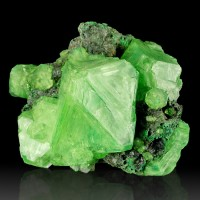 "4.1"" Emerald Green WetLook Gemmy ALUM Crystals to 2.4"" on Matrix Poland for sale"
