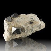 "4.3"" Octahedral Black MAGNETITE 9 Crystals to .9"" in Matrix Australia for sale"