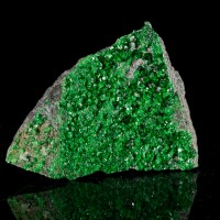 """2.4"""" Flashy Emerald Green UVAROVITE Twinkling Sparkling Crystals Russia for sale"""