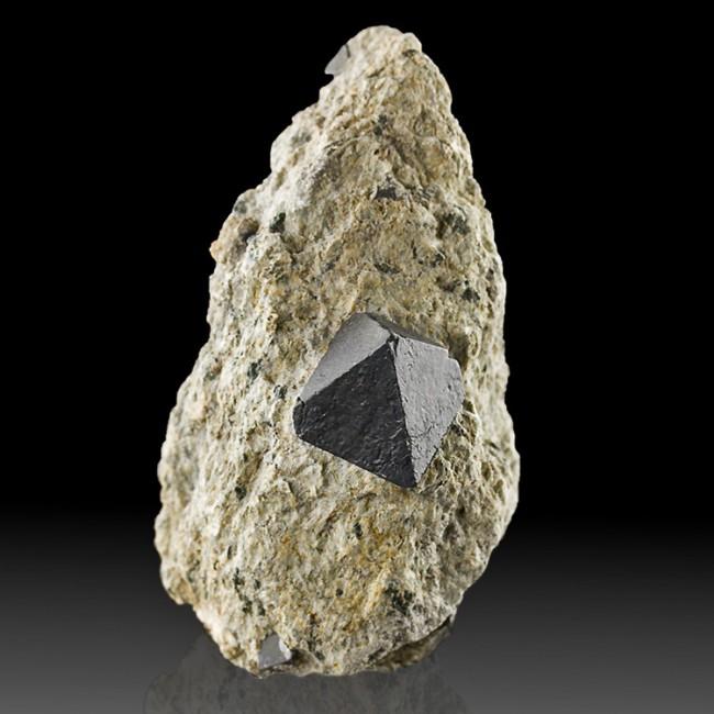 """3.3"""" Sharp Octahedral Black MAGNETITE 1"""" Crystal in Matrix Australia for sale"""