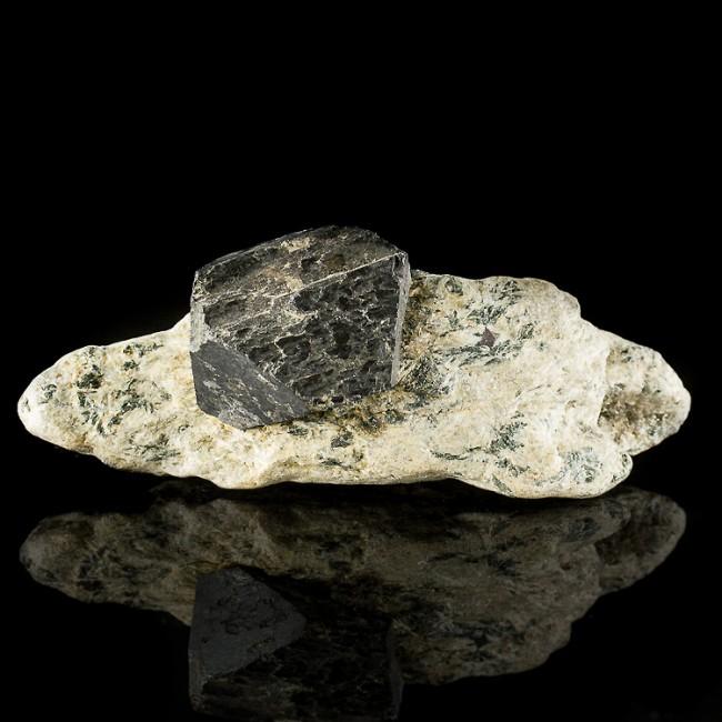 "3.9"" Octahedral MAGNETITE 1.4"" Black Metallic Crystal +Matrix Australia for sale"