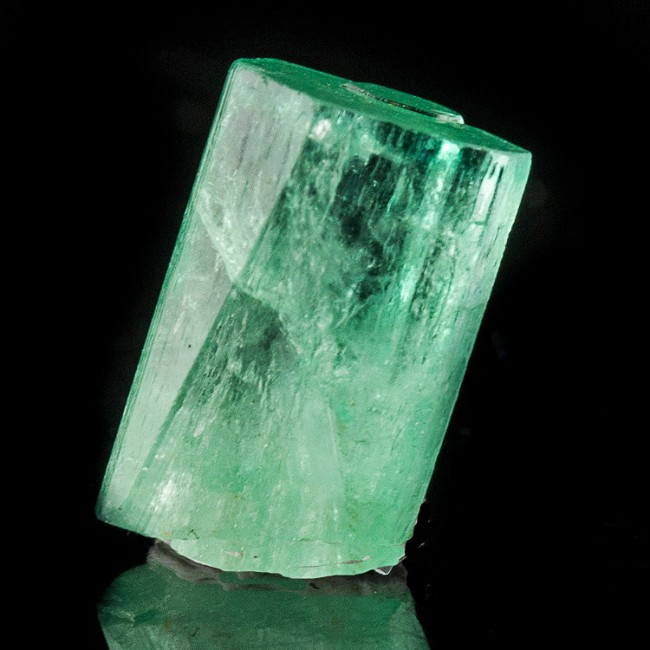12mm 4.4ct Sharp Gemmy Green Terminated EMERALD Crystals Muzo Colombia for sale