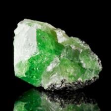 "1.3"" 90.1ct Shiny Grass Green TSAVORITE GARNET V.Gemmy Crystal Tanzania for sale"
